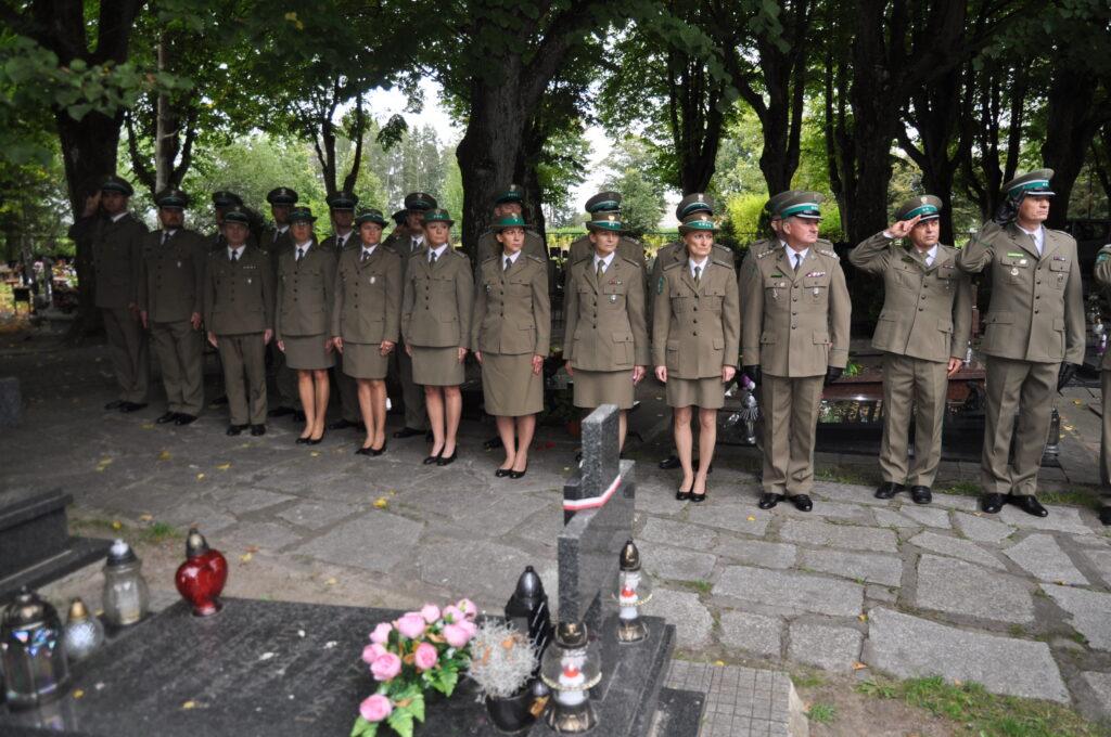 DSC 5927 1024x680 - Uroczystości przy grobie śp. płk. Mieczysława Zygmunta (ZDJĘCIA)
