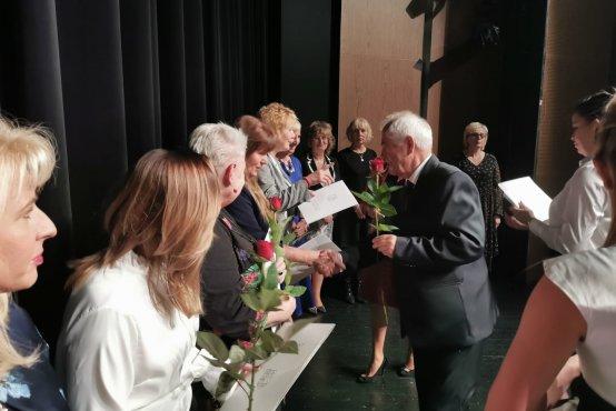 n a 2 - Dzień Edukacji Narodowej w mieście i w powiecie (ZDJĘCIA, LISTA NAGRODZONYCH NAUCZYCIELI)