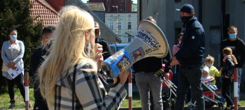15 (1) (1) (1) (1) (1) - Grupa mieszkańców Kołobrzegu protestowała dziś przeciwko technologii 5G (zdjęcia, wideo)