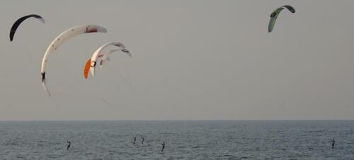 28a (1) (1) (1) (1) (1) - Kite Challenge w Kołobrzegu po raz drugi. Latawce kitesurfingowe wracają do kurortu