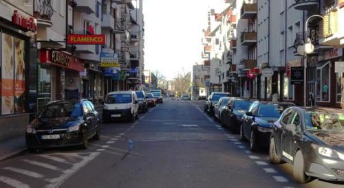 28b (1) - Niecodzienny widok. Miasto opustoszało... (ZDJĘCIA)