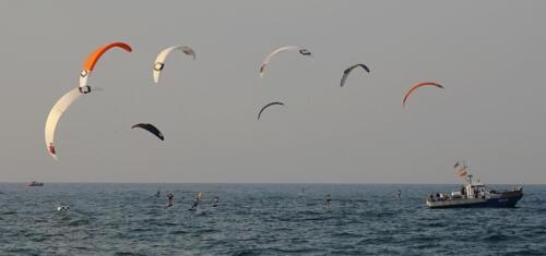 29a (1) - Kite Challenge w Kołobrzegu po raz drugi. Latawce kitesurfingowe wracają do kurortu