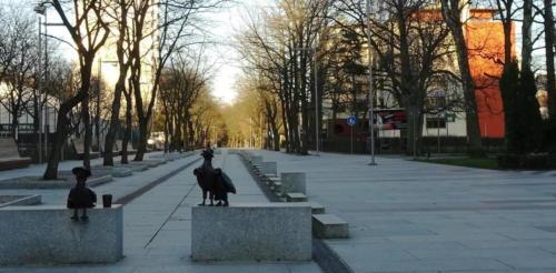 31b (1) - Niecodzienny widok. Miasto opustoszało... (ZDJĘCIA)