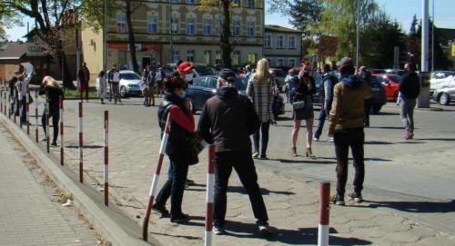3 (1) (1) (1) (1) (1) - Grupa mieszkańców Kołobrzegu protestowała dziś przeciwko technologii 5G (zdjęcia, wideo)