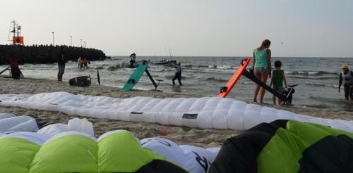 54 (1) - Kite Challenge w Kołobrzegu po raz drugi. Latawce kitesurfingowe wracają do kurortu