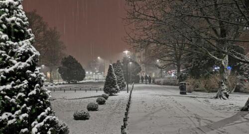 6a (1) (1) (1) - Dziś wieczorem sypnęło śniegiem... (GALERIA ZDJĘĆ)