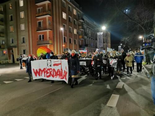"""marsz16 - Przemarsz 28 listopada. """"Rewolucja jest kobietą"""" (WIDEO, ZDJĘCIA)"""