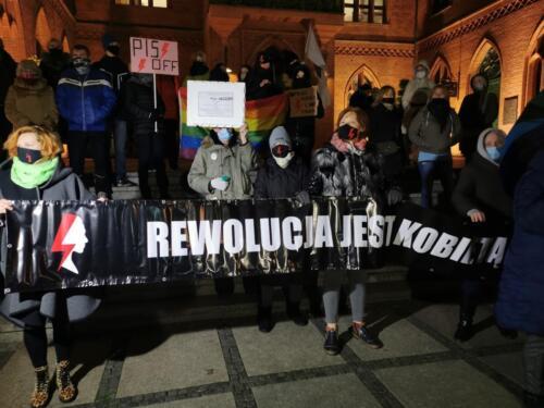 """marsz28 - Przemarsz 28 listopada. """"Rewolucja jest kobietą"""" (WIDEO, ZDJĘCIA)"""