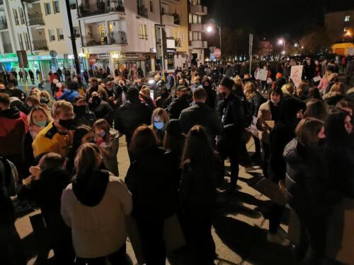 p8 (1) - Tłumy podczas Marszu ku Wolności. Kibice: Kobiety jesteśmy z Wami! (zdjęcia, wideo)