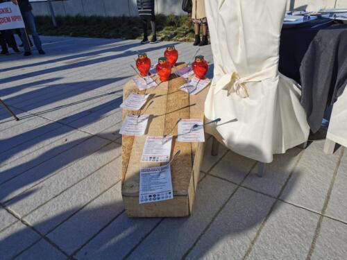pr3 - Czarna polewka dla rządzących. Dziś protestowała branża gastronomiczna (ZDJĘCIA, WIDEO)